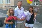 «СтарХит»: Анастасия Дашко назвала сына необычным именем