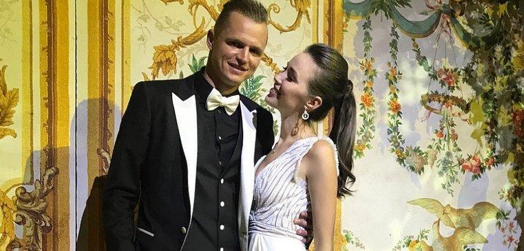 Фанаты Тарасова подозревают, что такое? об эту пору его хата принадлежит Костенко
