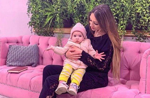 Алёна Савкина займётся продажей детской одежды