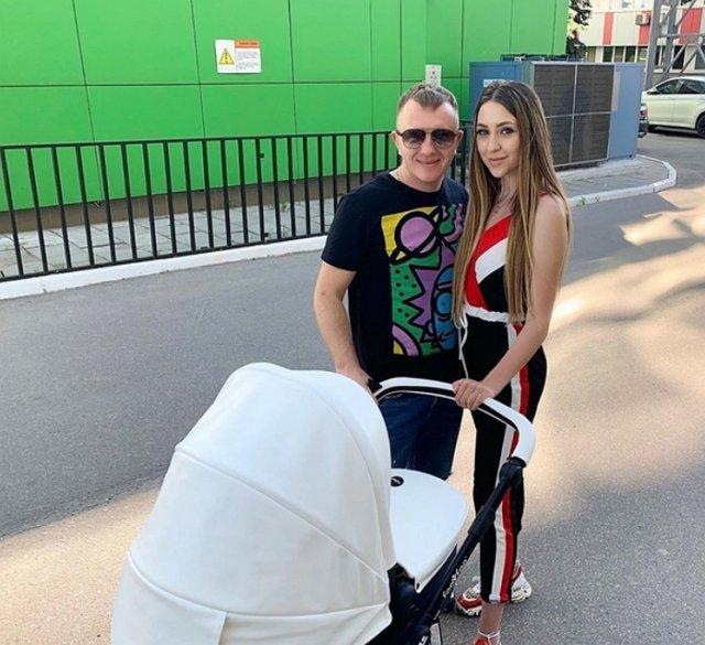 Яббаров и Савкина станут родителями девочки
