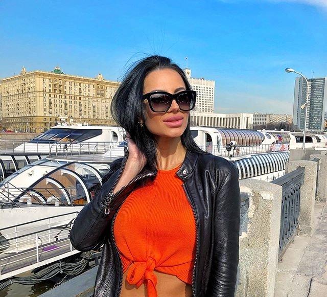 Анна Брянская заинтересовалась Никитой Уманским
