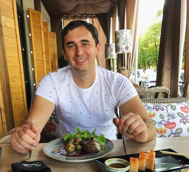 Организаторы оплатят свадьбу Розы Райсон и Андрея Шабарина