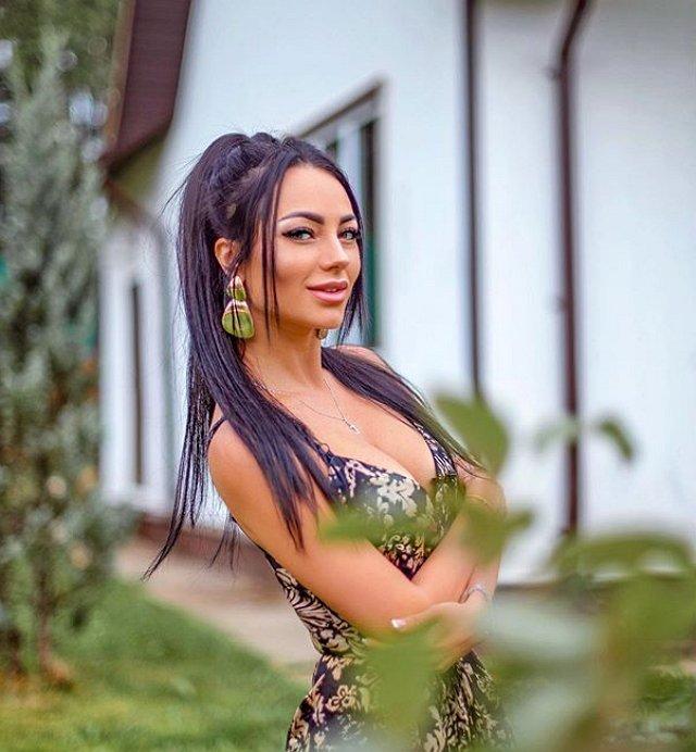 Анна Брянская покинула реалити из-за конфликта с Ксенией Бородиной