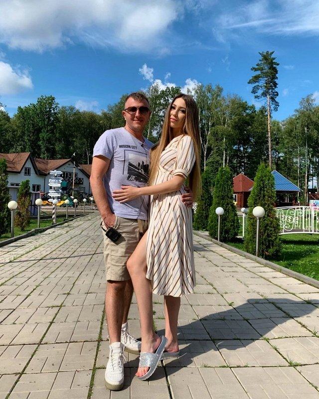 Голд неврничает по поводу возможного возвращения Яббарова к Рапунцель