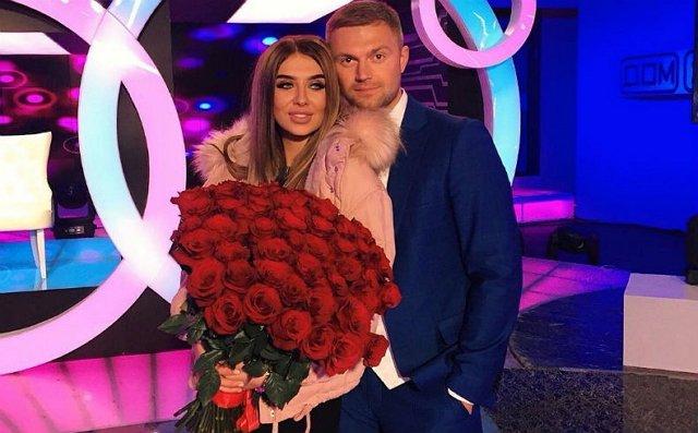 Денис Давыдов показал клип с Витей и Таней Литвиновыми в главной роли