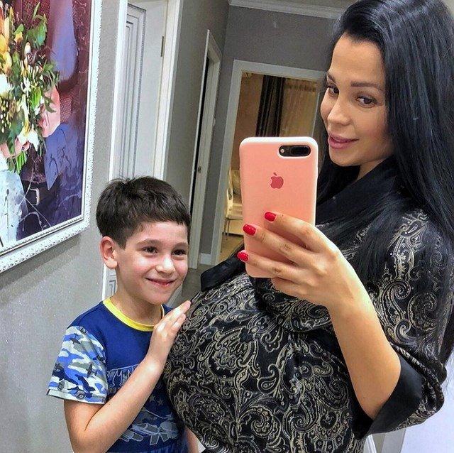 Юлия Салибекова не намерена больше рожать