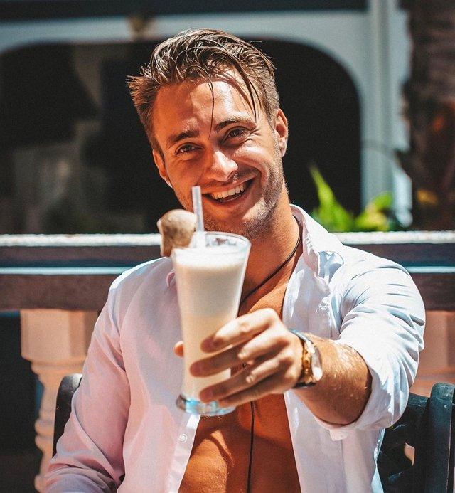 Алексей Безус отказался от алкоголя