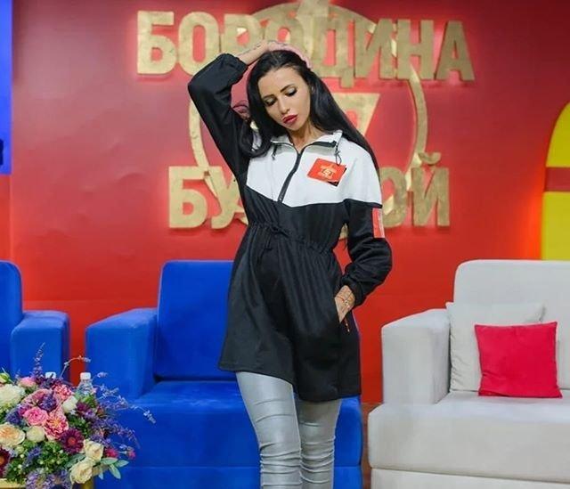 Клава Безверхова влюбилась в Женю Ромашова
