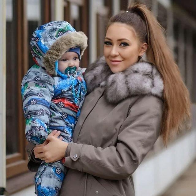 Алена Савкина ведет романтическую переписку с экс-участником телестройки