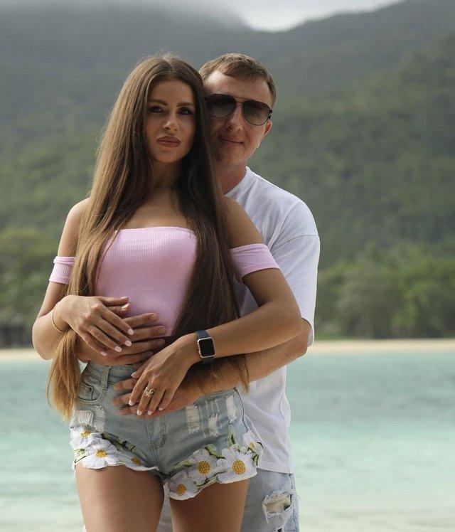 Блог редакции: Алёна Савкина оскорблена словами Насти Голд