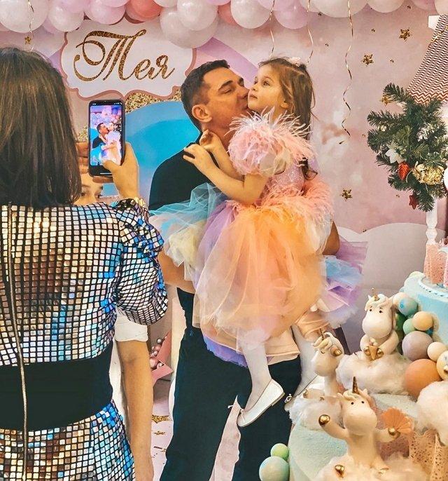 Фотоподборка детей участников (28.12.2019)
