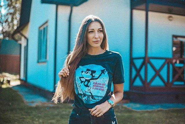 Яна Захарова: Биологический отец даже не догадывается о моем существовании