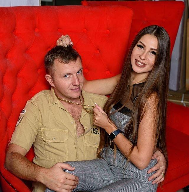 Анастасия Голд изменяла Илье Яббарову с Сергеем Захарьяшем?