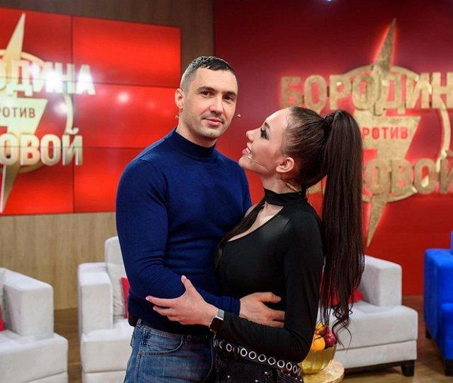 Сын Алены Савкиной принял Дениса Мокроусова