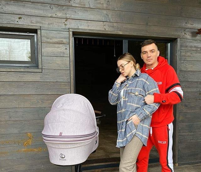Появились слухи о второй беременности Александры Артемовой
