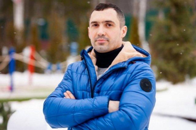 Денис Мокроусов поспешил оправдаться за переписки с девушками