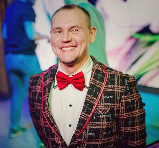 Ромашов разобрался с Меньщиковым за флирт с Белой
