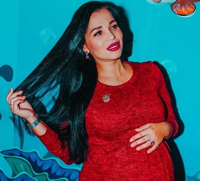 Юлия Салибекова ответила на слухи о четвертой беременности