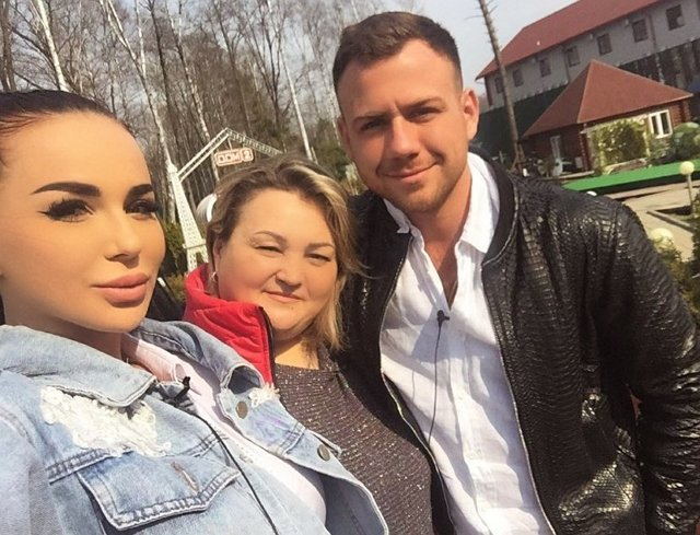 Мама Левченко прокомментировала отношения дочери с Блюменкранцем