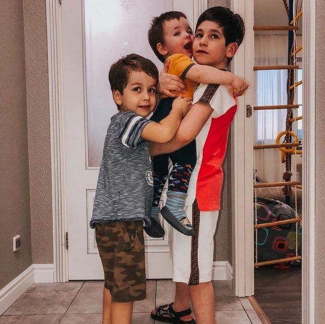 Фотоподборка детей участников (23.04.2020)