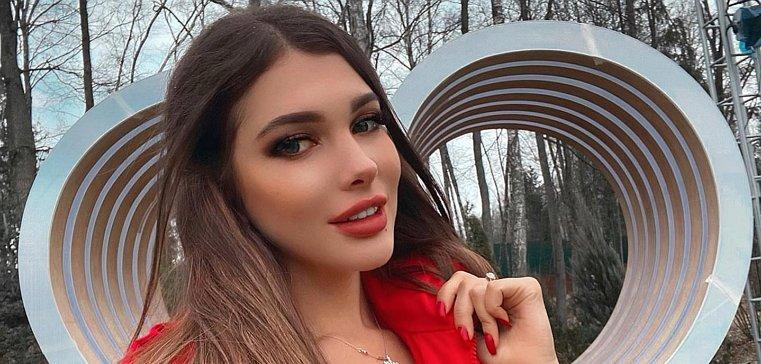Алеся Семеренко: Страхова Захарьяшу не нужна