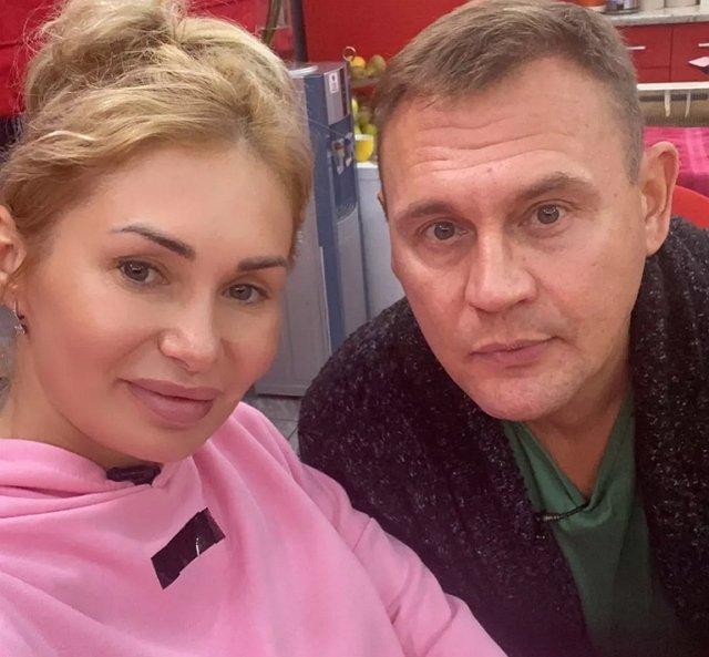 Ангелина Монах заявила о желании расстаться со Степаном Меньщиковым