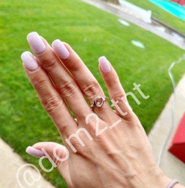 Никита Уманский преподнёс Насте Паршиной помолвочное кольцо