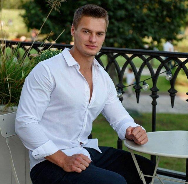Павел Бабич: Ее тянет на какие-то приключения