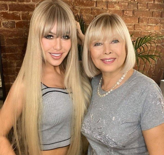 Мария Кохно: Мы с мамой теперь еще больше похожи!